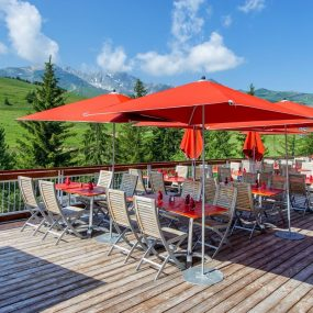 Restaurant Village Club Miléade Courchevel en été
